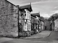 The Pub | B&W