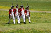 4 Redcoats Marching
