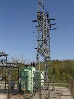 Vertical Summit of 69-kV IPL Simms Avenue Sub