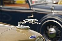 Lincoln Hood Ornament 1