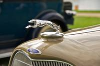 Lincoln Hood Ornament 2