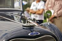 Lincoln Hood Ornament 3