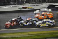 NASCAR Daytona 500 2012 Track Action
