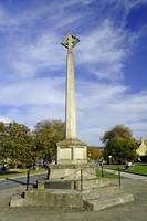 War Memorial at Broadway, UK (30167-RDA)