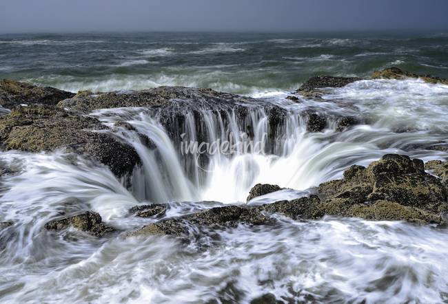 Thor's Well at high tide