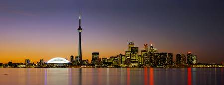 Example of Toronto skyline in perspective on angled canvas