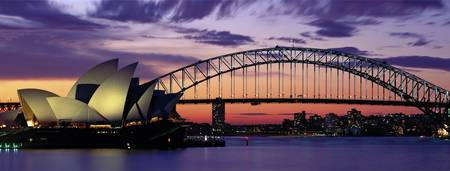 Example of Sydney, Australia skyline in perspective on angled canvas