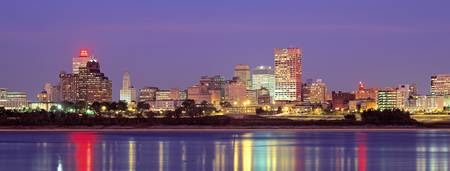 Example of Memphis at Dusk skyline in perspective on angled canvas