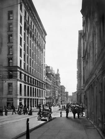 Bush Str. toward Market Str, San Francisco 1905