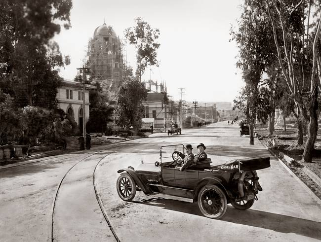 Touring PPIE under construction San Francisco 1915