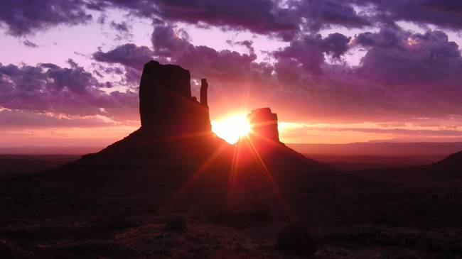 Monument Valley - Sunrise