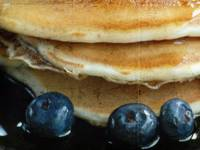 pancakes and blueberries