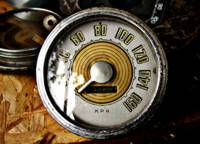 Vintage automobile speed gauge