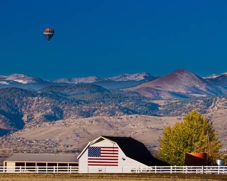 Hot Air Balloon With Flag Barn God Bless the USA