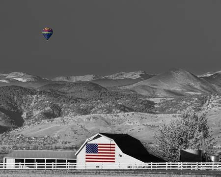 Hot Air Balloon With Flag Barn God Bless the USA B