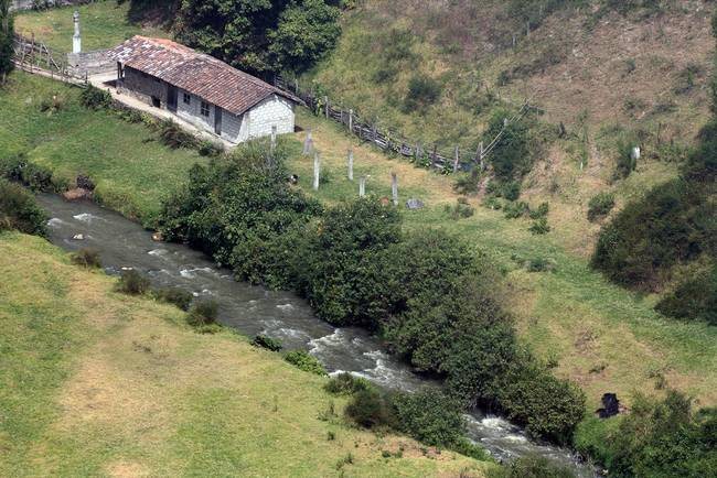 Ecuadorian Farmhouse Next to a River