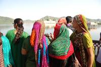 Tourists at Jal Mahal
