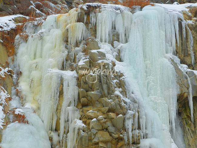 Frozen Waterfalls - Scenic Winter