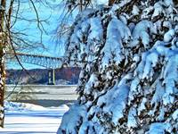 Rhinecliff Winter