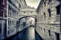 Bridge of Sighs in Tunnel-vision