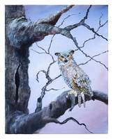 Great Horned Owl on Tree Branch