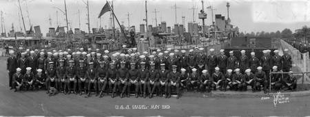 Destroyer Isabel and crew 1919