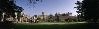 Tom Tower and Christ Church College Oxford Englan