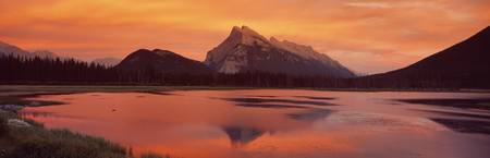 Mt Rundle and Vermillion Lakes Banff National Par