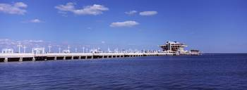 Hotel on the pier The Pier St. Petersburg Florida