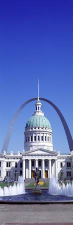 Old Courthouse and St Louis Arch St Louis MO