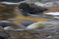 Water rushing over rocks in Saint Louis River