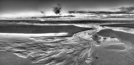 michigan.pierport.sst.BW3.HDR