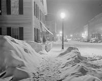 Center of town Woodstock, Vermont Snowy night (LOC