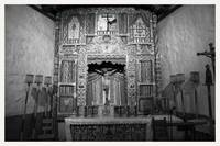 039_01525_santuario_chimayo_interior_nm