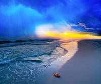 Pensacola-Beach-Florida-sunset-foggy-sea-shell