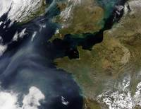 Pollution off France