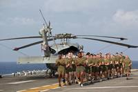 Marines and sailors run aboard USS Makin Island