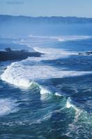 Hawaii, Oahu, North Shore, Waves At Waimea Bay