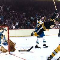 """""""Bobby Orr"""" by RetroImagesArchive"""
