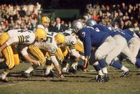 Bart Starr lines them up