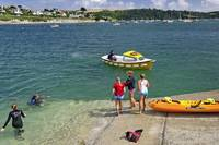 Swimmers on the Slipway, St Mawes (38732-RDA