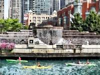 Chicago IL - Kayaking on the Chicago River