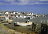 Bridlington Harbour Scene (26158-RDA)