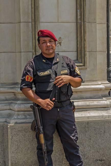 Peru - Policia Nacional