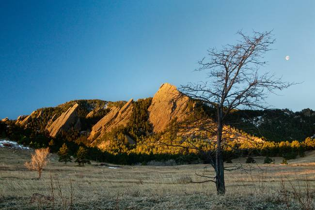 Boulder Colorado Flatirons Early Morning Light