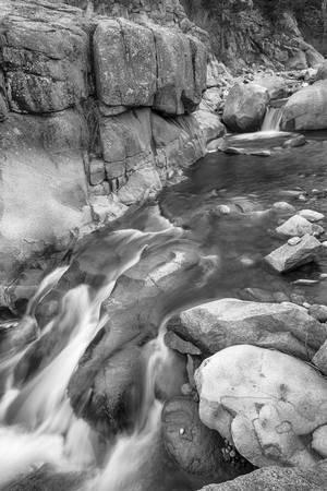 Rocky Mountain Canyon Streaming Black White