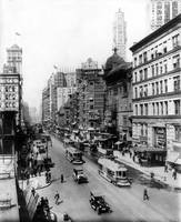 Vintage Broadway NYC Photograph (1920)
