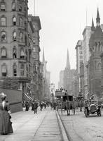Vintage Fifth Avenue Photograph (1912)