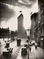 Vintage Photograph of The NYC Flat Iron Building 2