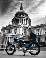 Thunderbird At St Pauls